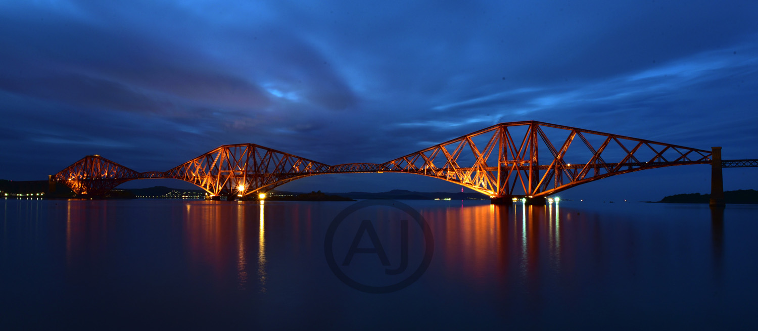 <i>Firth of Forth Bridge, Scotland (UK)</i>