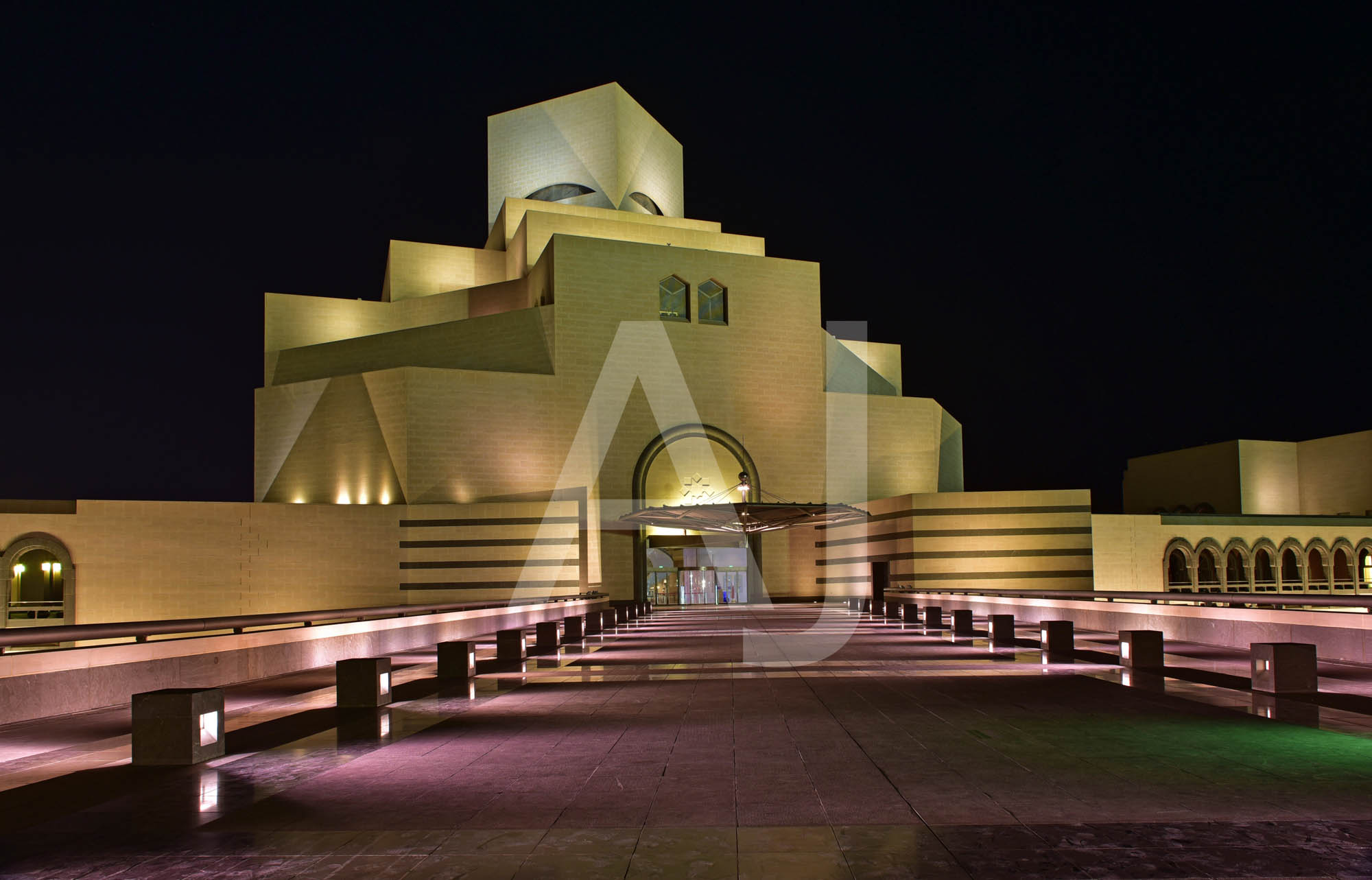 <i>Museum of Islamic Art, Doha (Qatar)<i>