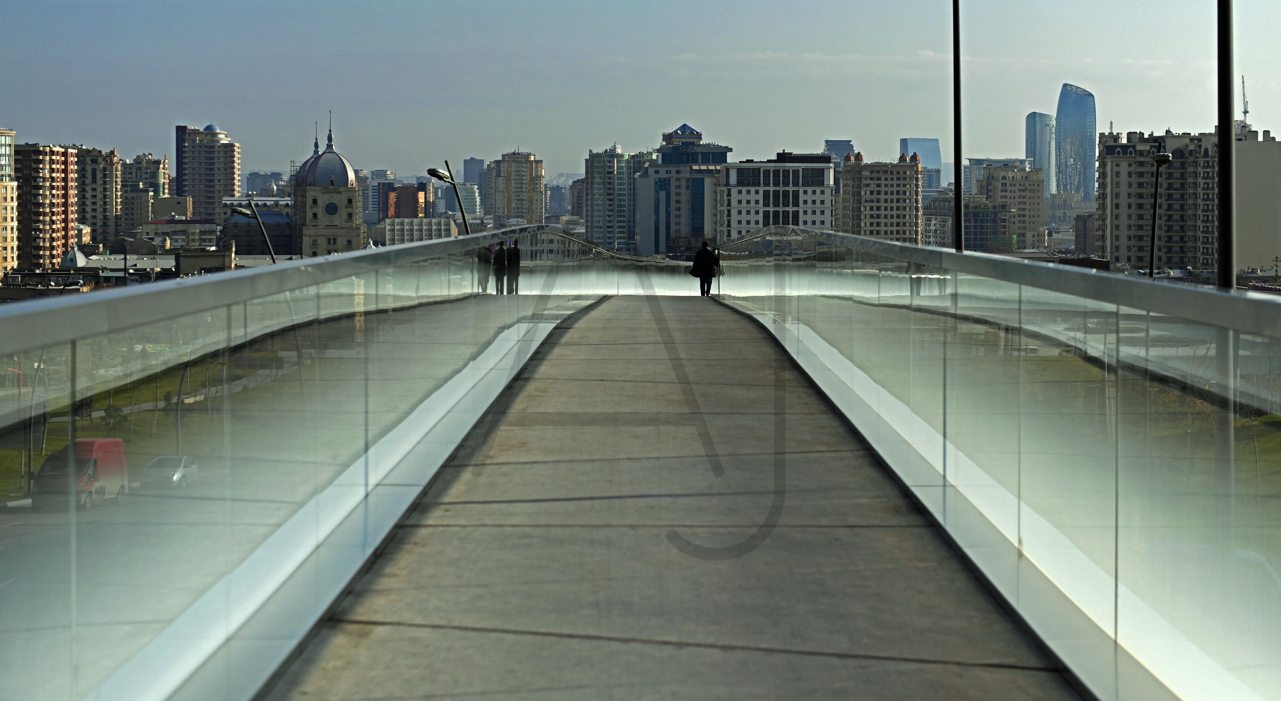 <i>Skybridge, Baku (Azerbaijan)<i>