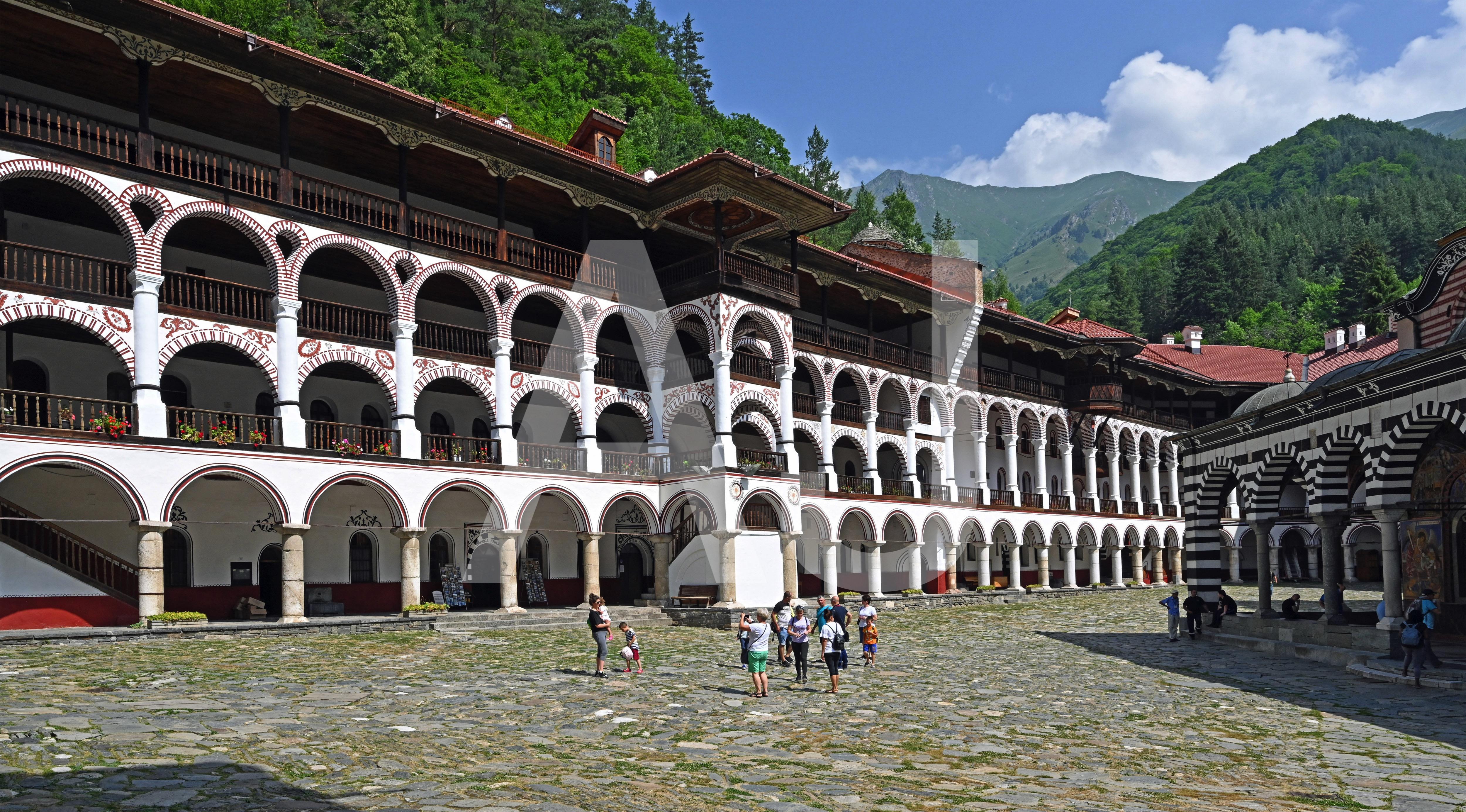 <i>Rilski Manastir (Bulgaria)<i>