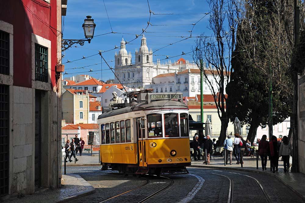 <i>Lisbon (Portugal)</i>